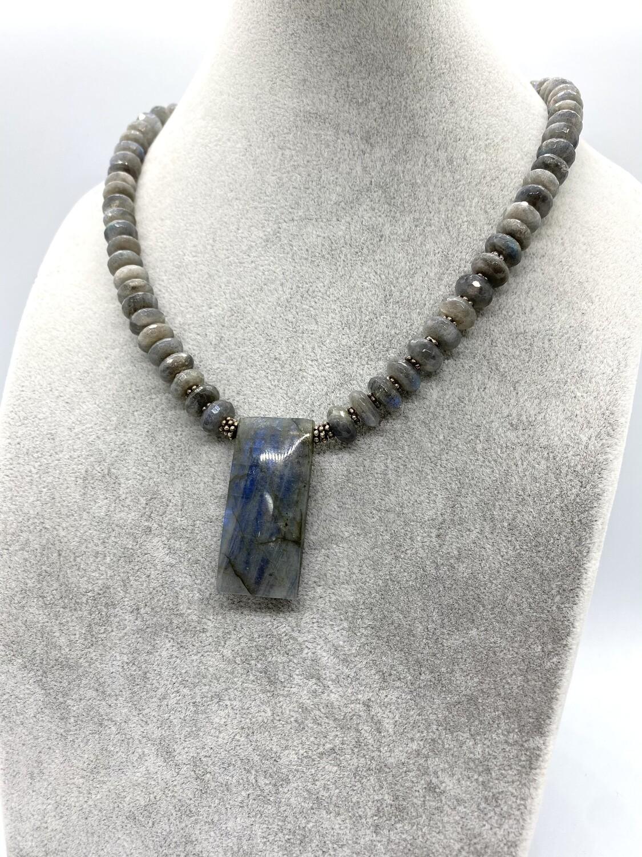 4763 Labradorite Necklace