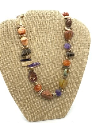 8319 Gemstone and Pearls