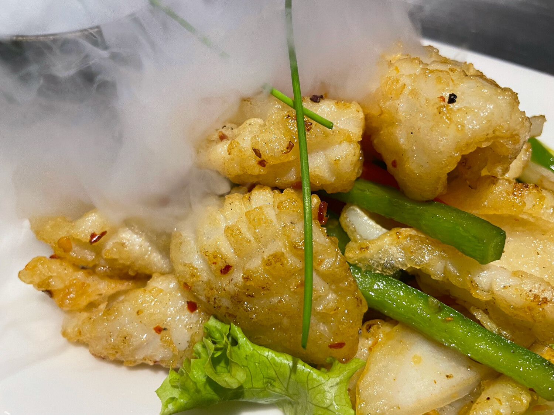Calamars sautés poivre et sel (piquant)