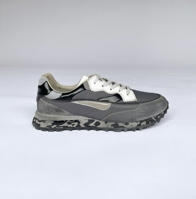 Sneaker Threedome