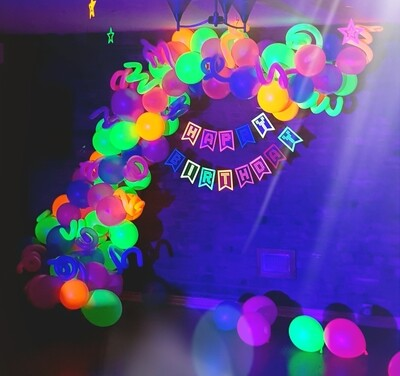 Organic Balloon arches and backdrops