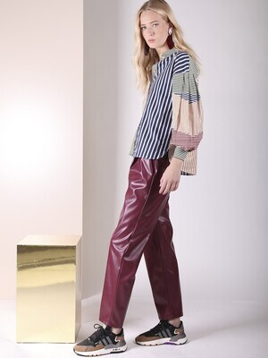 VILAGALLO Dakota Bordeaux Vegan Leather Trouser