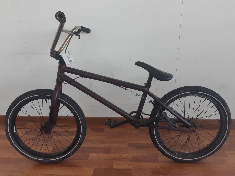 Vélo style BMX