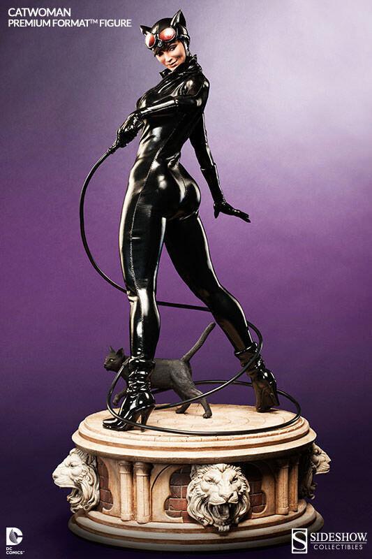 Statuette DC Comics - Catwoman Premium Format 58 cm