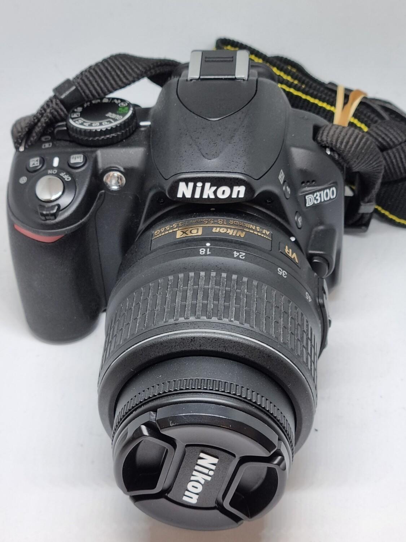 Reflex Nikon D3100 + Obj 18-55Mm