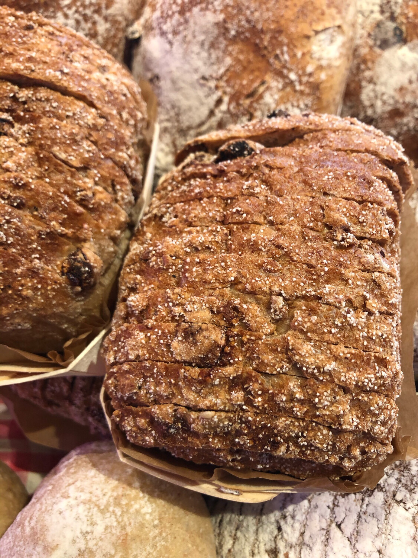 Vijgen-en notenbroodje