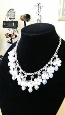 Pearl and Silver Necklace Set (Short Length)