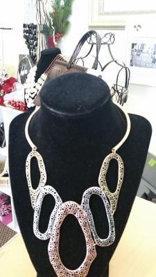 Bronze Choker Necklace Set