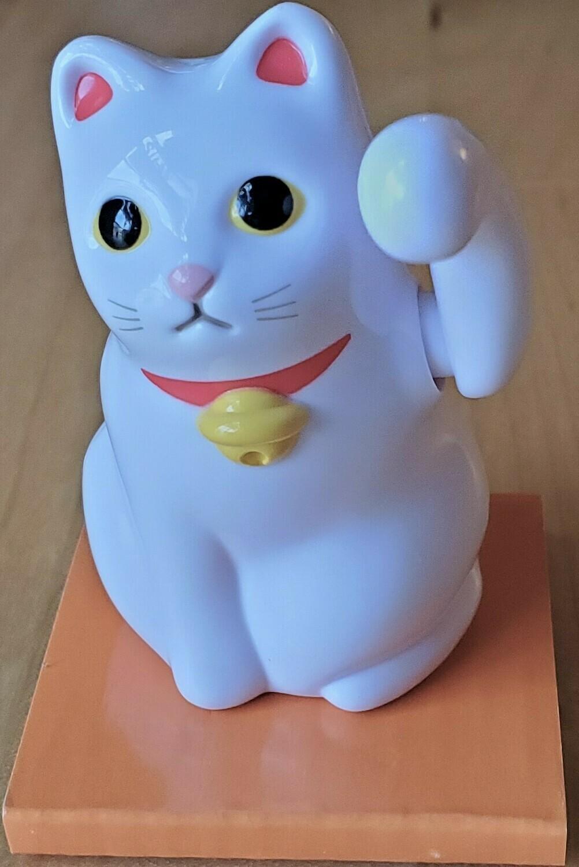 Tenori-Neko Solar Mini Cat White