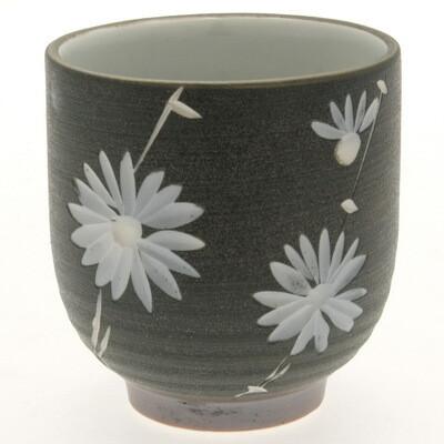 Tea Cup Carved Chrysanthemum 114-834