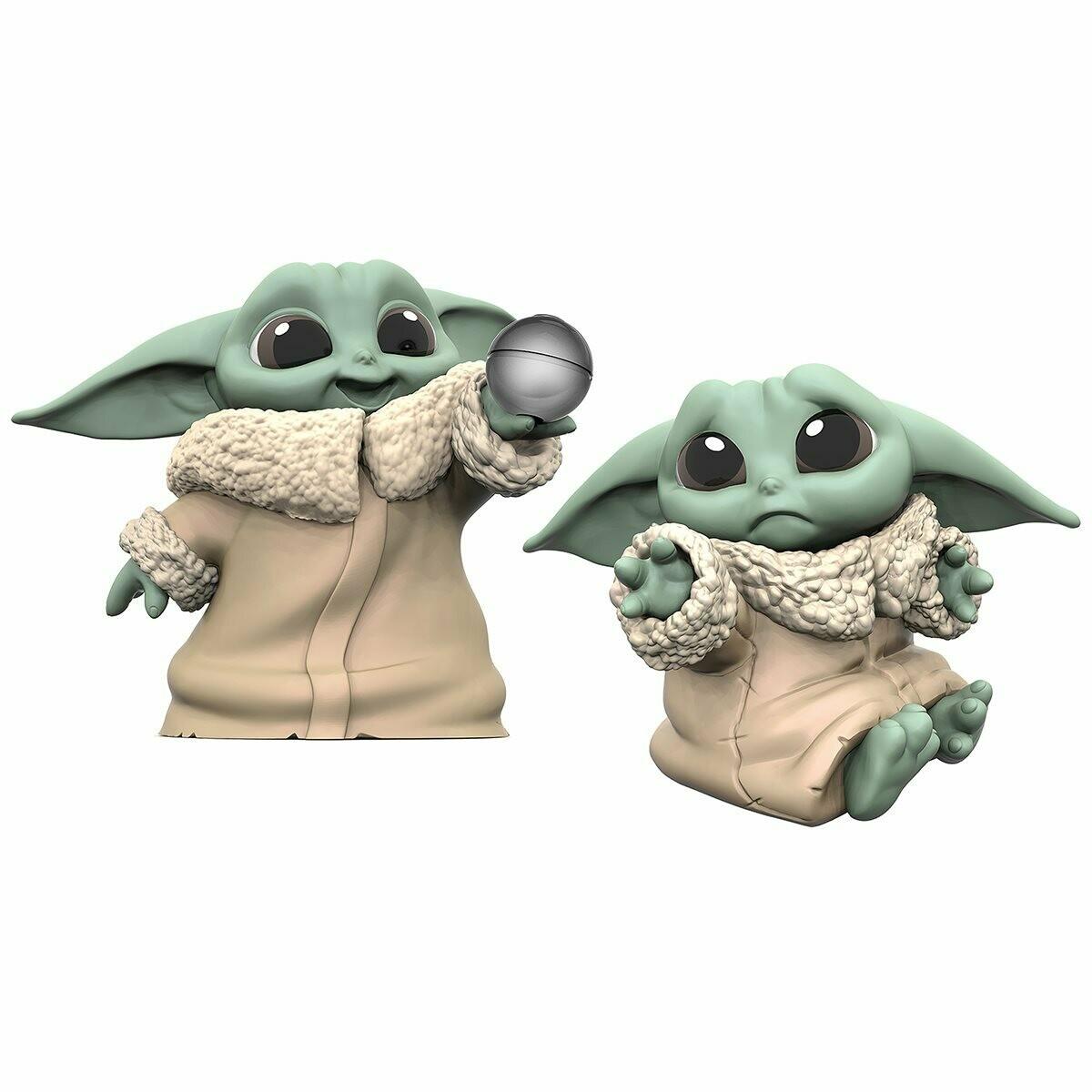 Hasbro Star Wars The Mandalorian Baby Bounties Hold Me and Ball Mini-Figures
