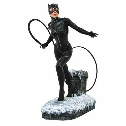 Diamond Select DC Gallery Batman Returns Movie Catwoman Statue