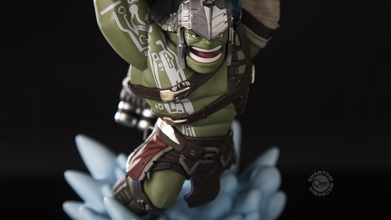 QMx Hulk Q-Fig MAX Diorama