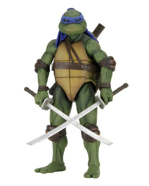 PRE-ORDER TMNT [1990 Movie] - ¼ Scale Action Figure - Leonardo  (RESTOCK 2021)