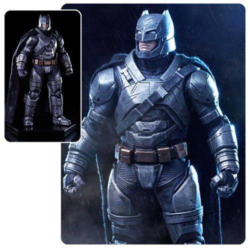 Iron Studios Batman v Superman: Dawn of Justice Armored Batman 1:10 Scale Statue