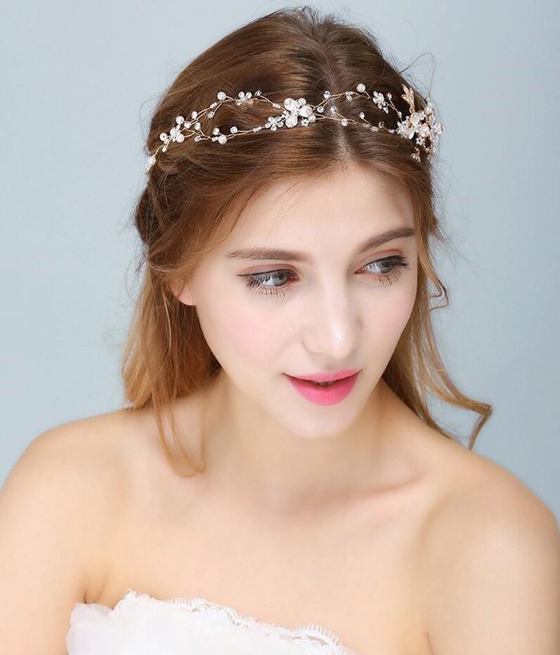 Tiara Naza (Dorado, Plata y Oro Rosa)