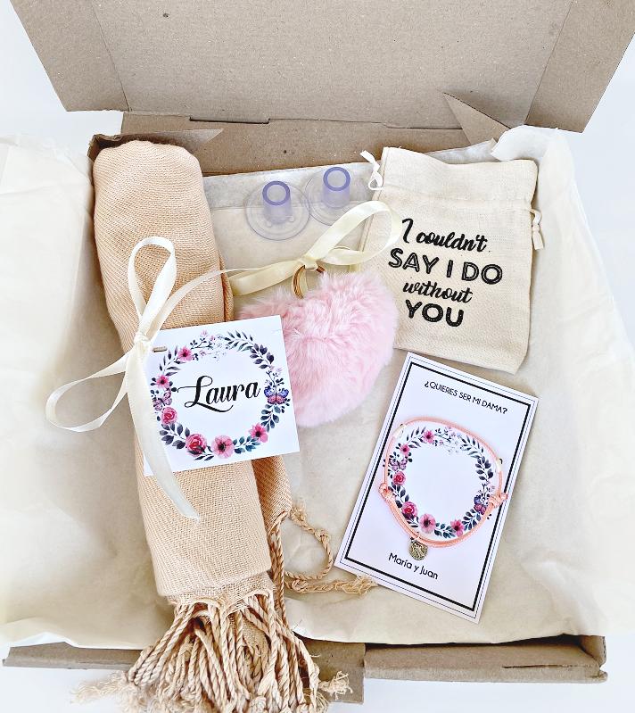 Bridesmaid Kit / Kit para las Damas Arlana