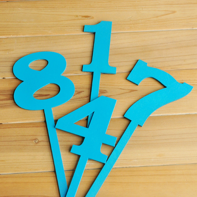 Letreros para Enumerar Mesas Nobacomia (Colores) / Números de Mesa