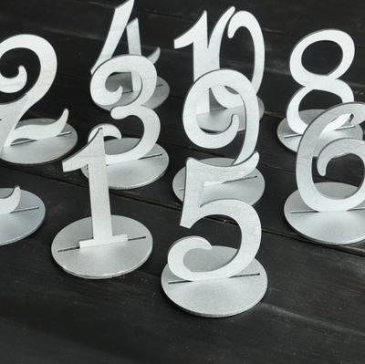 Letreros para Enumerar Mesas Nibor (Natural, Negro, Plata, Dorado) / Números de Mesa