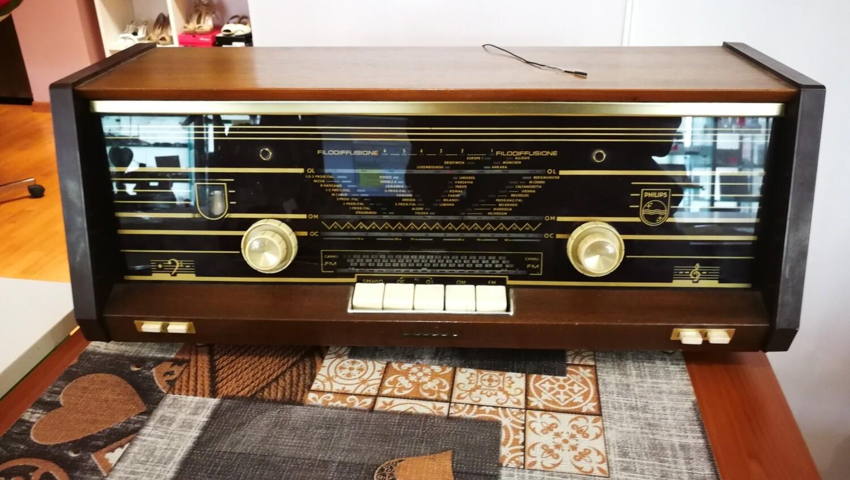 Radio valvolare