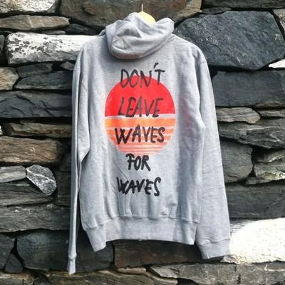 Don´t Leave Waves... | Gråmelert