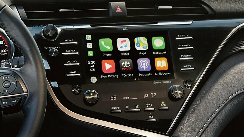 Обновление Toyota Camry и Sienna для активации функций CarPlay и Android Auto