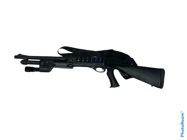 Remington 870 Police Magnum w/Surefire Weapon Light - SBS