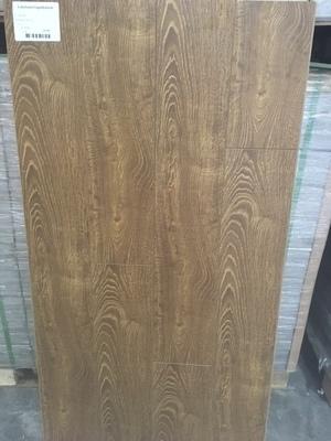 Kensington Oak 12 mm Laminate