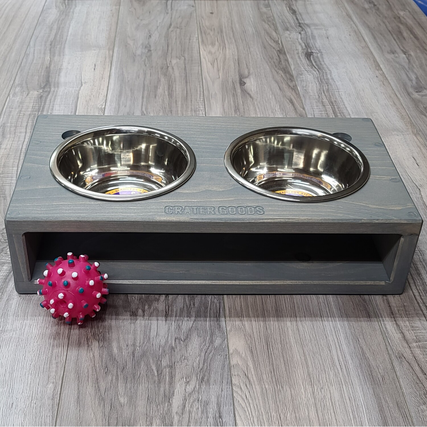 Open Face Dog Bowl Stand, Medium