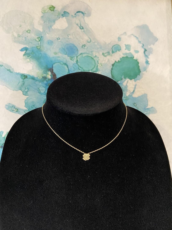 Shamrock Matte Necklace