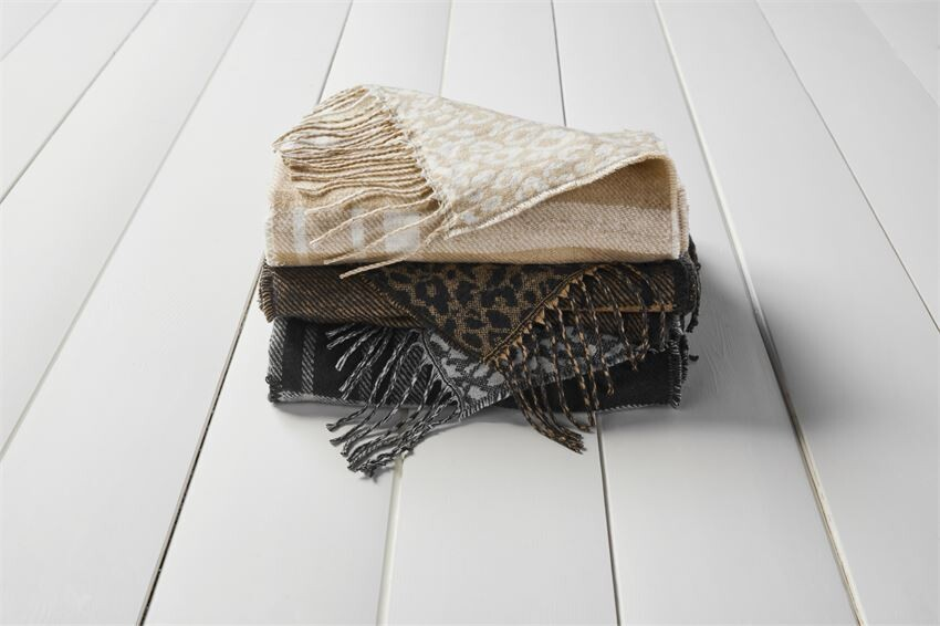 Reversible Scarf Wrap
