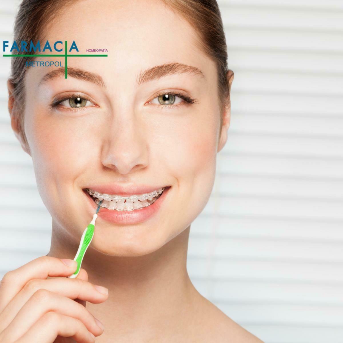 Cepillos interdentales, ceras e hilos dentales