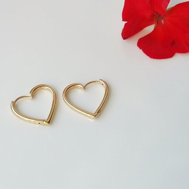 Сережки в форме сердца
