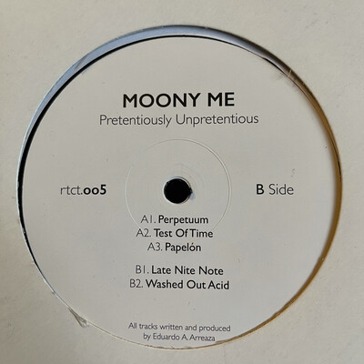 Moony Me - Pretentiously Unpretentious