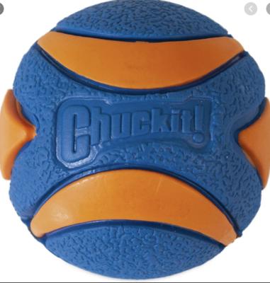 Chuckit! Ultra Squeaker Ball 2pk Medium