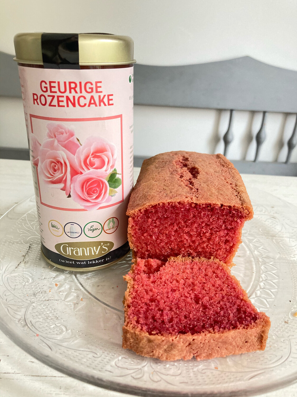 Granny's Rozencake -voor 2 cakes inclusief bakvorm-