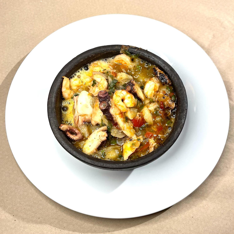 Picante de camarón y pulpo
