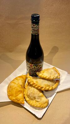 Promoción puro queso, 4 empanada + Cerveza Mestra 750 cc.