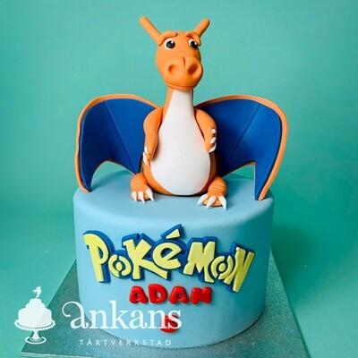 Pokémon tårta med orange drake