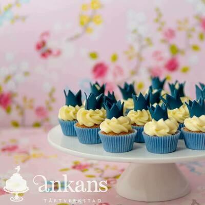 Minicupcakes med prins/prinsesskrona