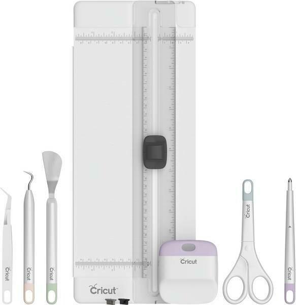 Cricut Essential - set di 7 strumenti Cricut