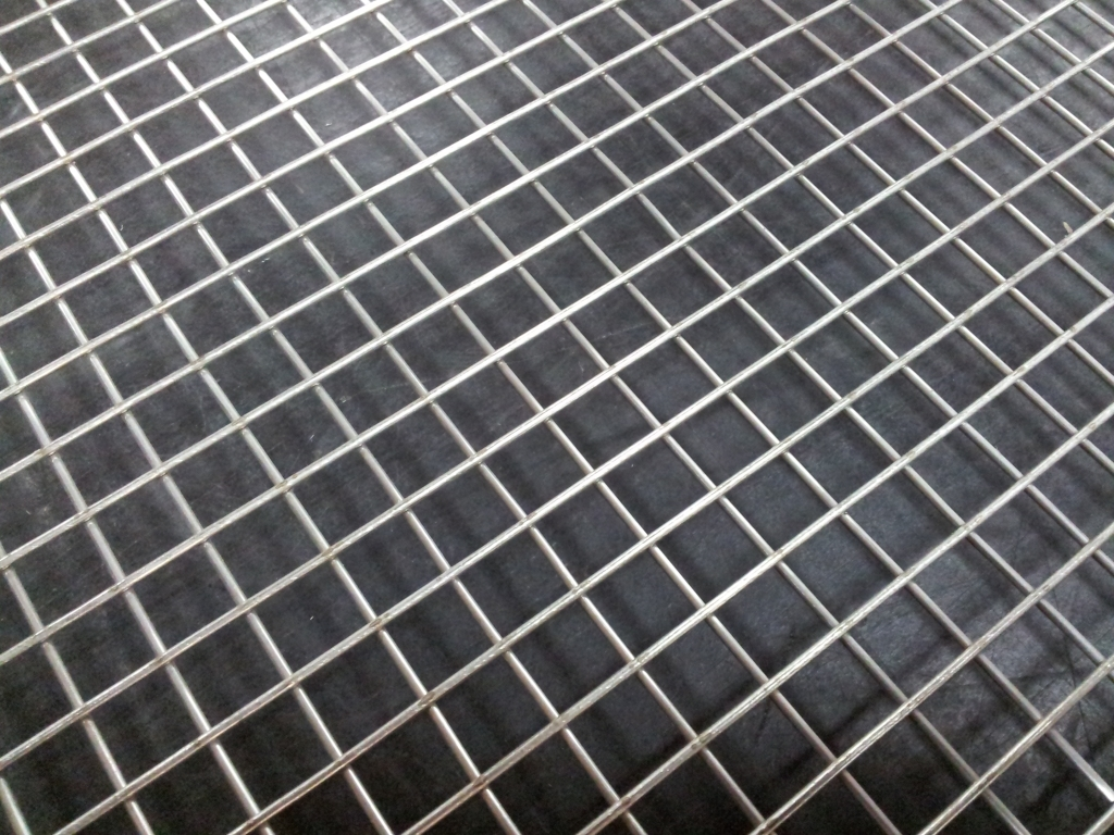 Stainless welded 2 mesh: 11.1mm aperture SSW2M16G