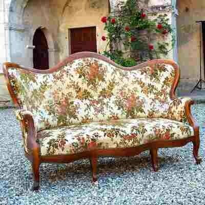 Canapé Louis Philippe en merisier fleuri