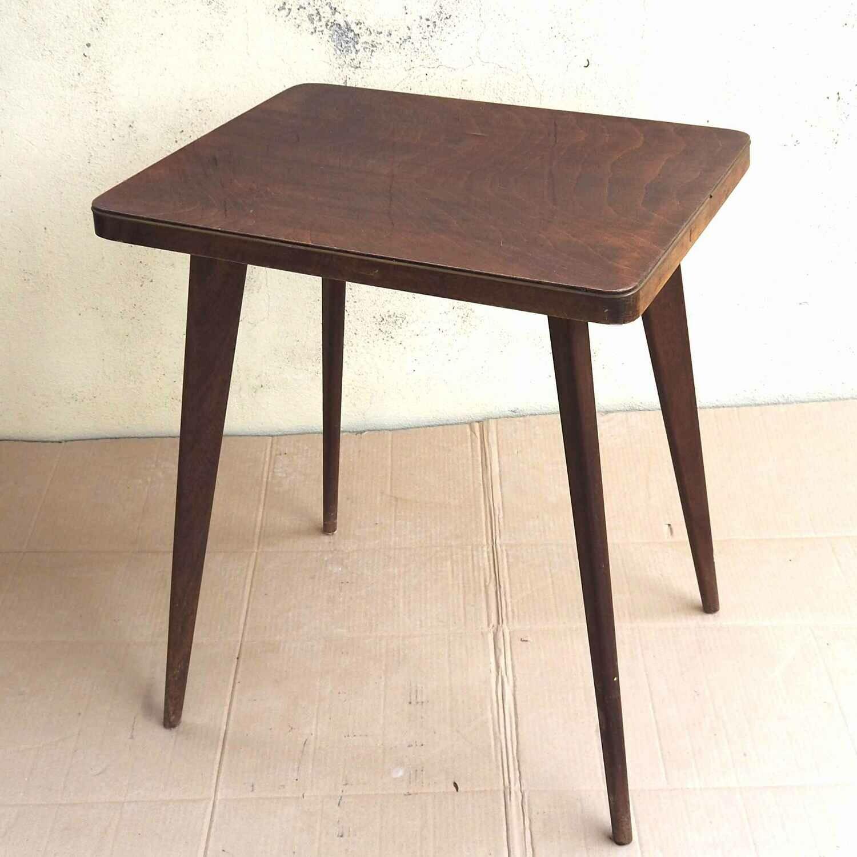 Table plateau laqué