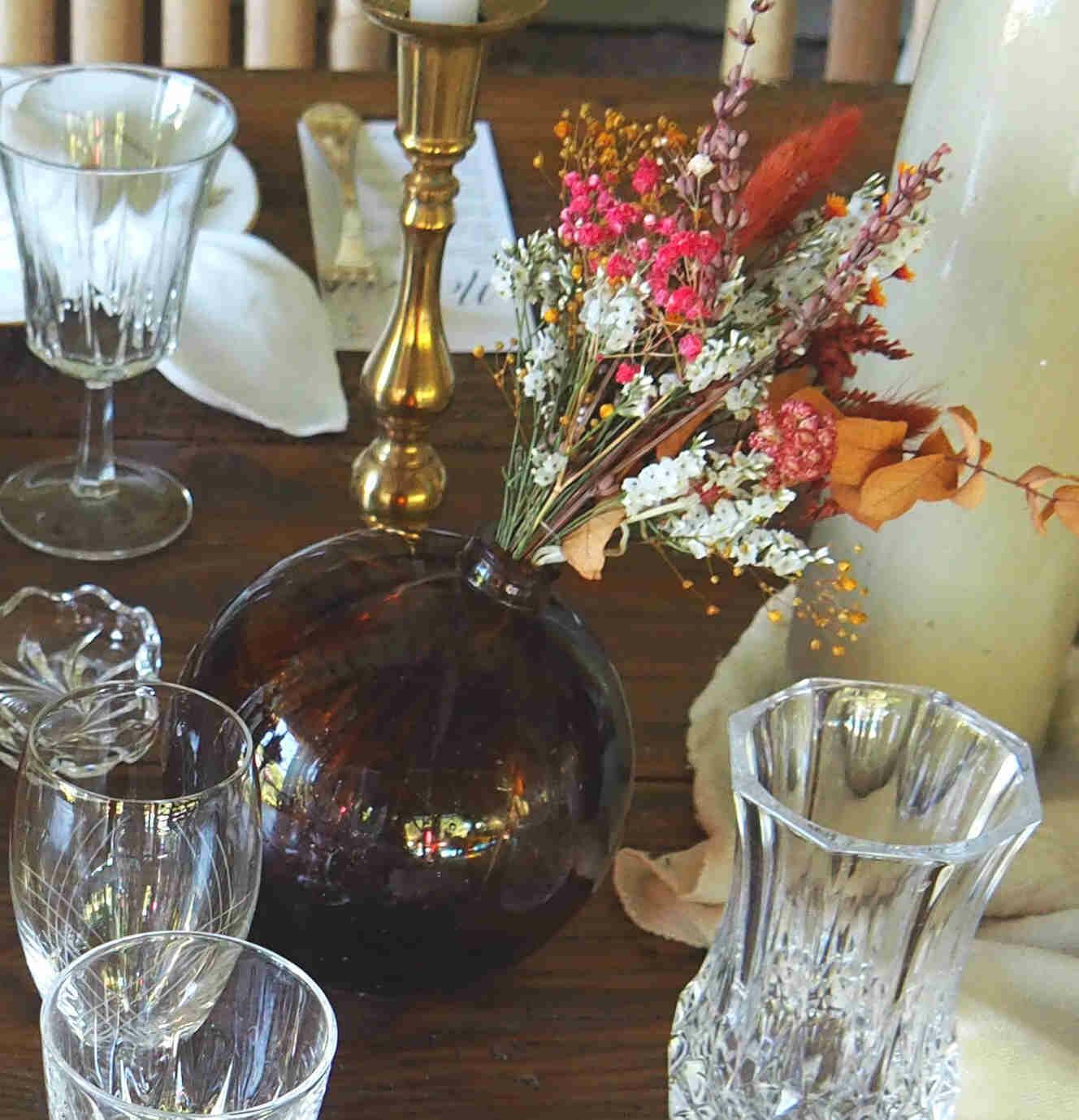Bouteille apothicaire brune vintage ronde
