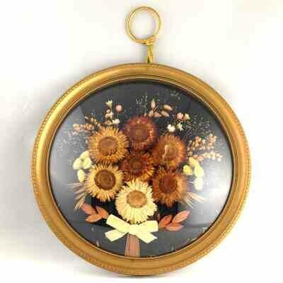 Cadre doré fleurs séchées