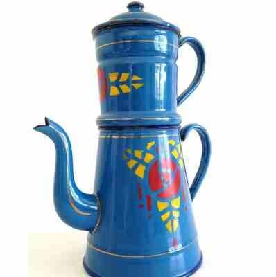 Cafetière émaillée bleue