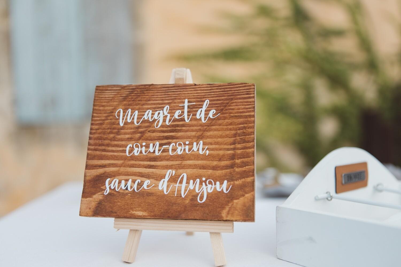 Chevalet bois marque place ou menu couleurs bois