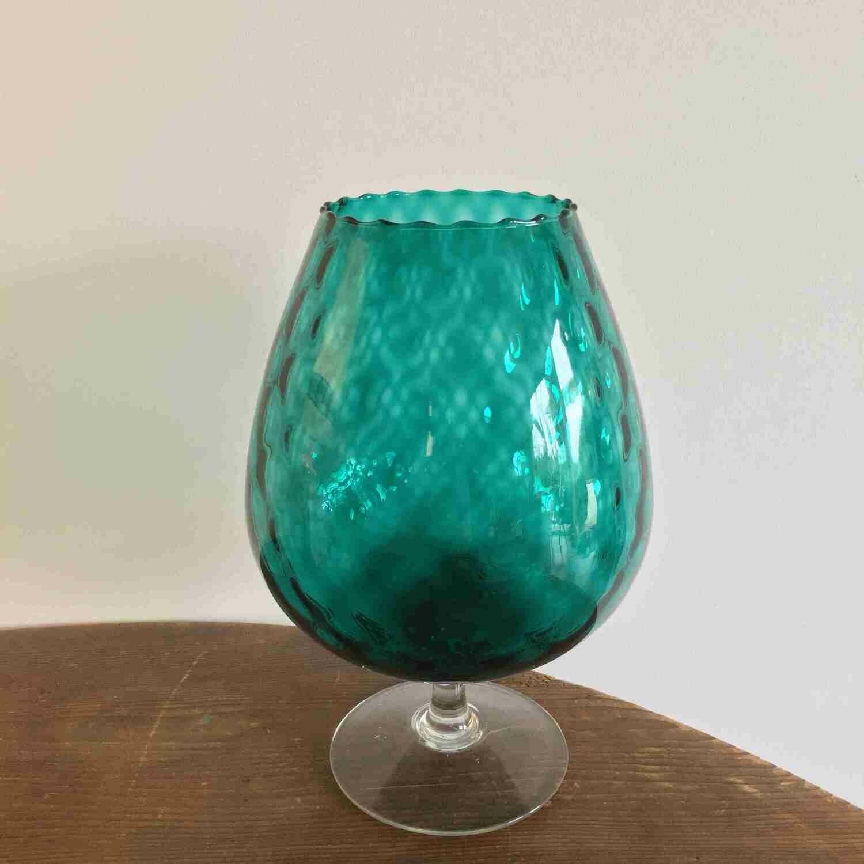 Vase verre bleu moyen