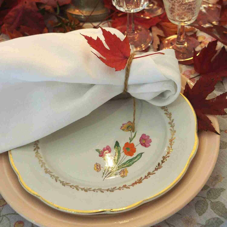 Assiette porcelaine fleurie dessert
